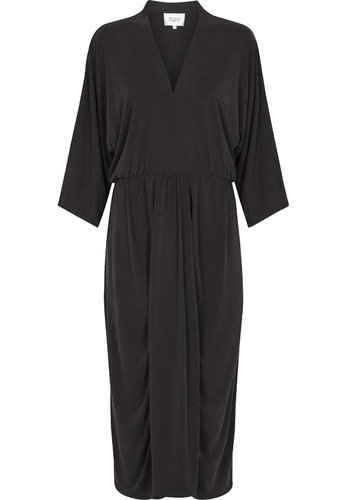 Second Female Dress Wei