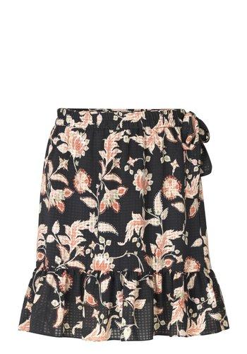 Second Female Skirt Neo