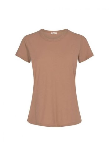 Levete Room T-Shirt Any