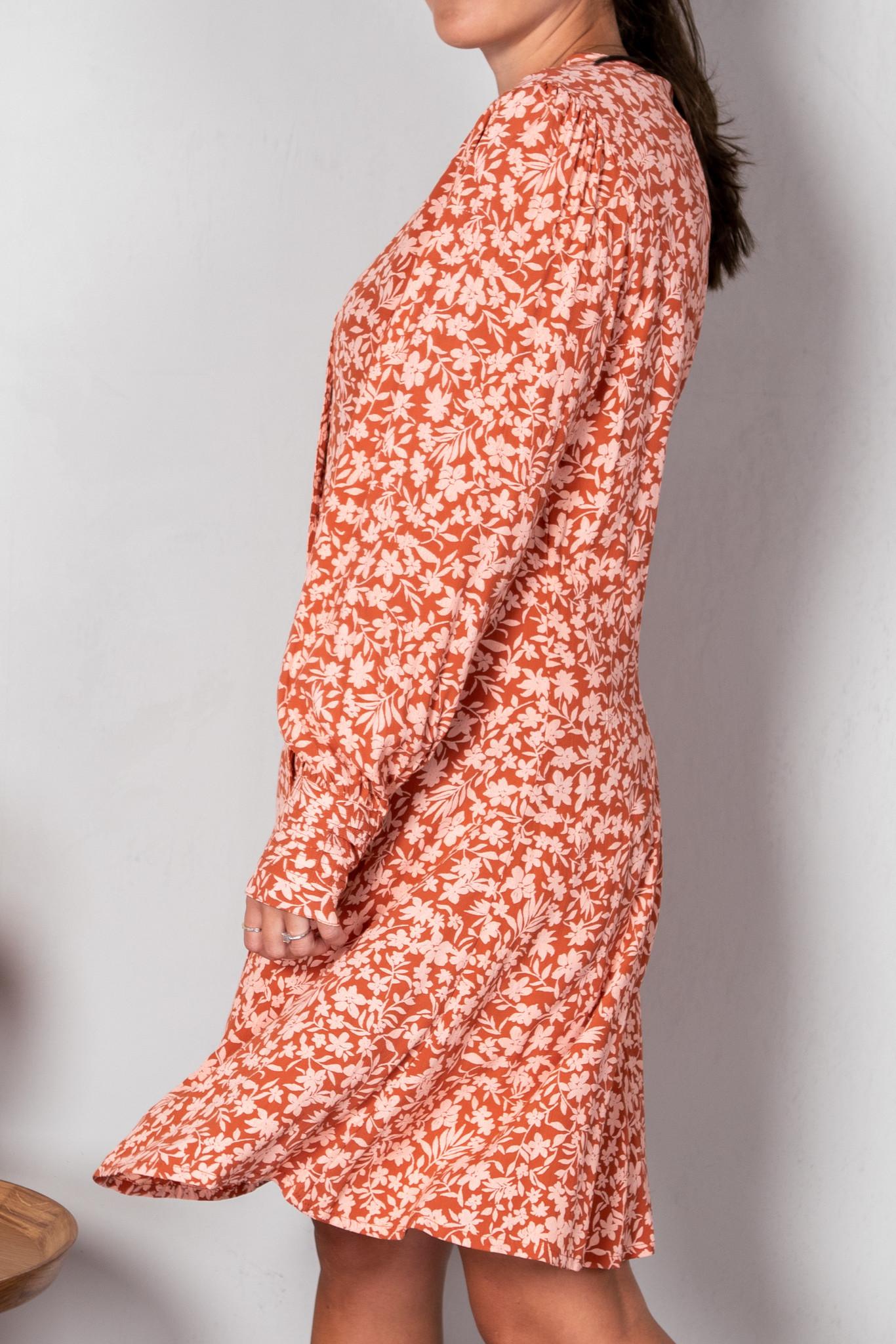 Dress Boma