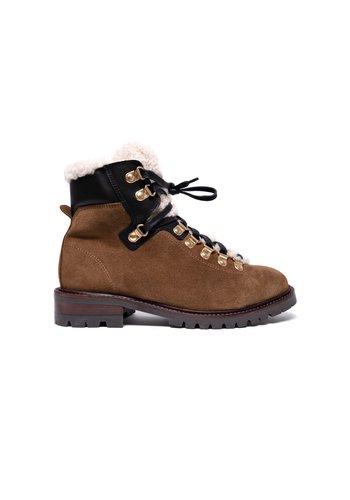 Anonymous Boots Teddi