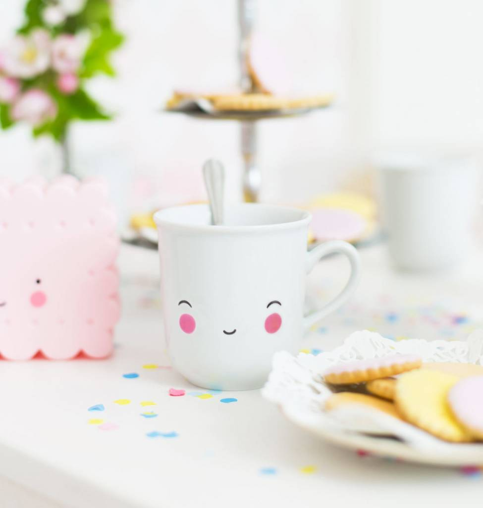A little lovely company Thirs Tea happy