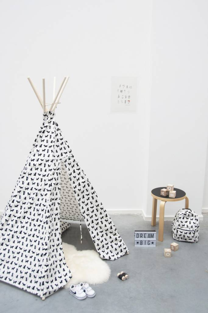 Trixie Tipi Tent Cats