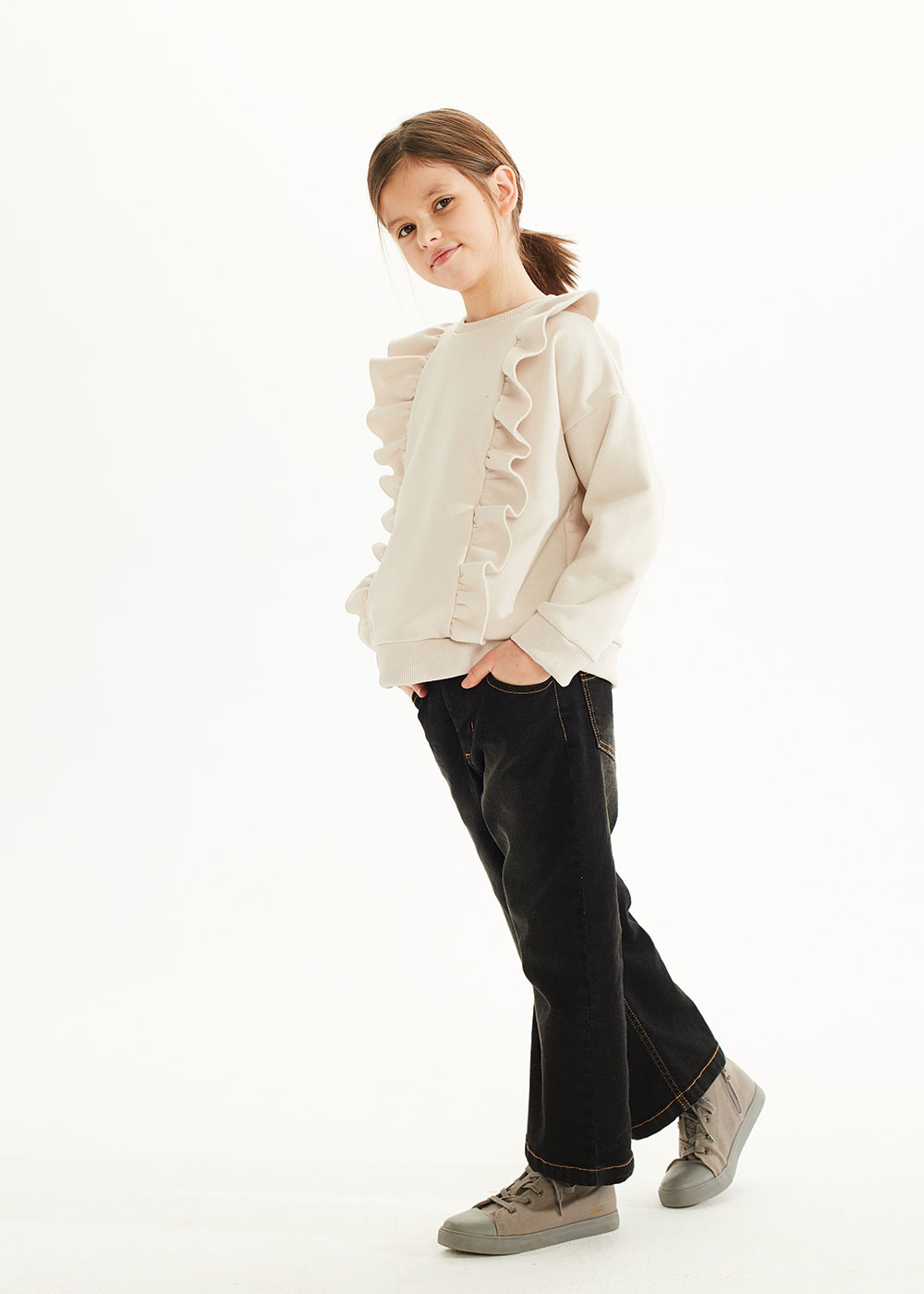 Kids on the moon Black stone wide denims