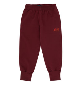 Tiny Cottons luckywood sign sweatpant aubergine |red