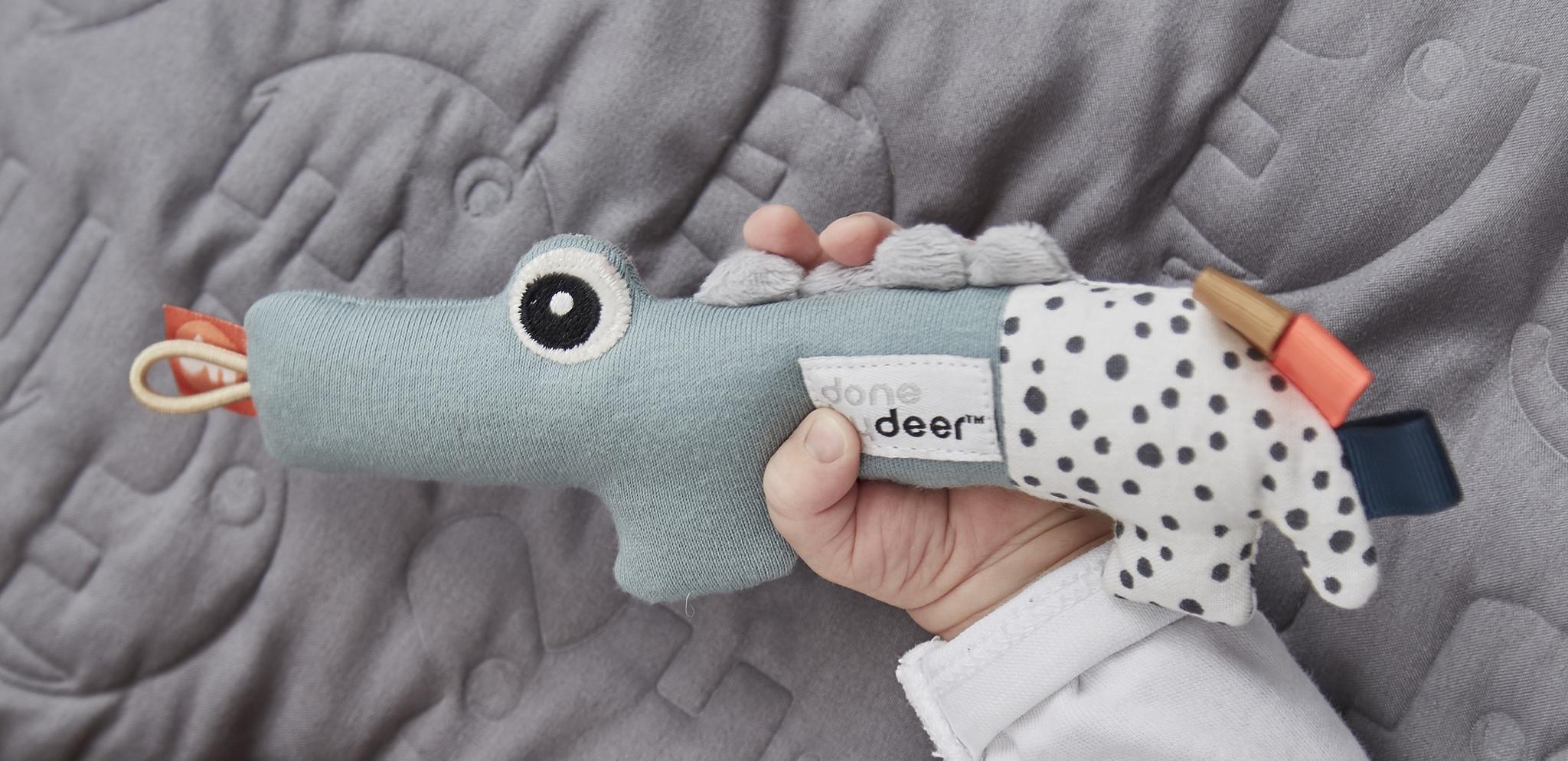 Done by Deer Cozy keeper   croco