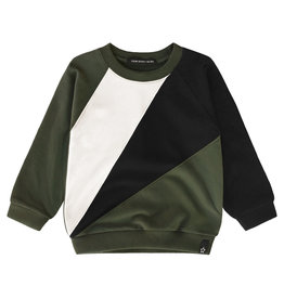 Your Wishes Block sweater | Desk green