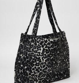Studio Noos Jaguar mom bag