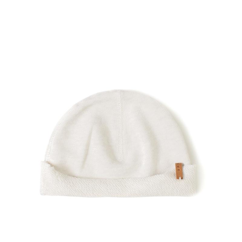 Nixnut Born hat   dust