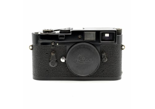 Leica M2 (Black Paint)