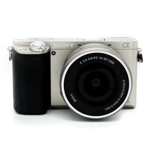 Sony A6000 Silver + 16-50mm f/3.5-5.6 OSS Kit