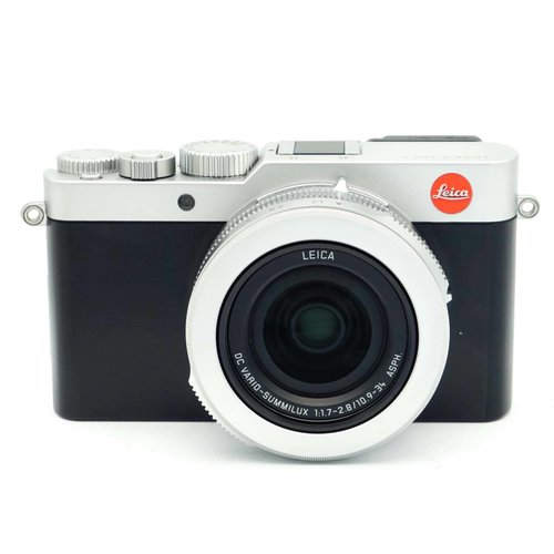 Leica D Lux 7 + Spare Battery & Leather Wrist Strap x659