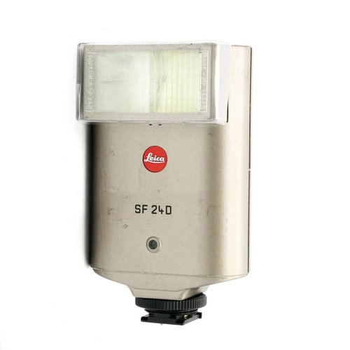 Leica SF24D Flash Titanium