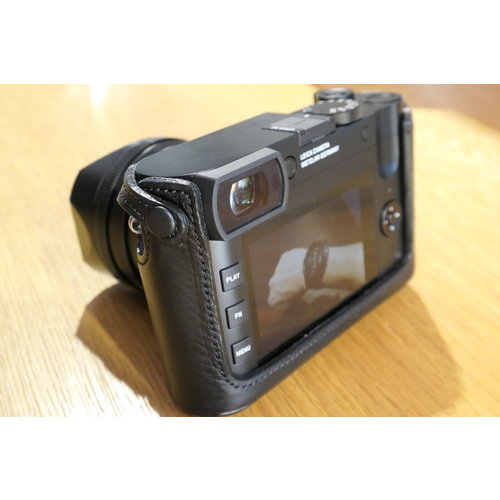 Artisan & Artist LMB - Leather Protector Leica Q/Q2