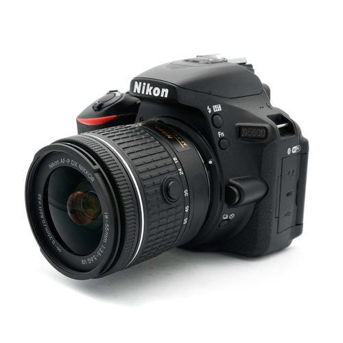 Nikon D5600 + 18mm-55mm f/3.5-5.6G VR