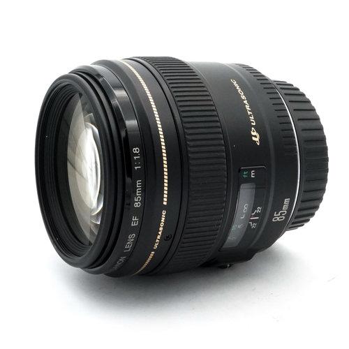 Canon EF 85mm f/1.8 USM x923