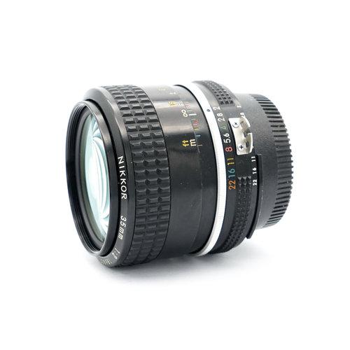 Nikon Nikkor 35mm f/2