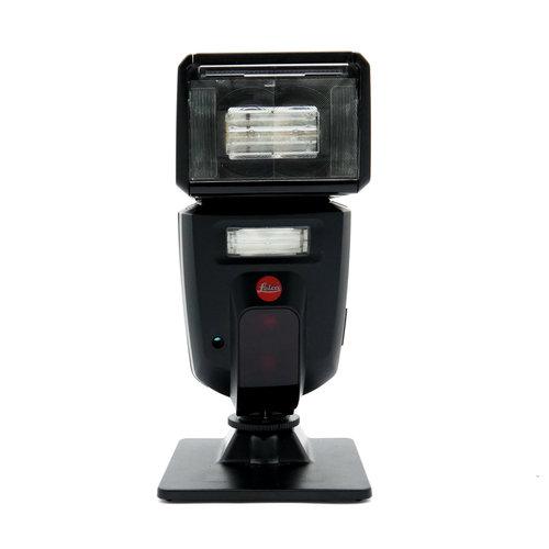 Leica SF58 Flash