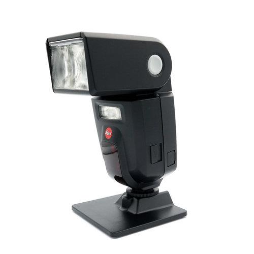 Leica SF58 Flash x1025