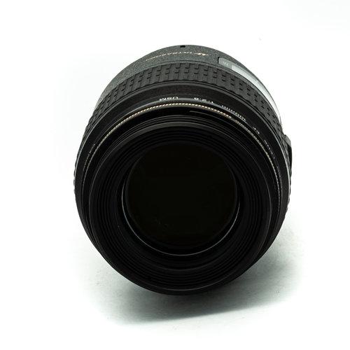 EF100mm f/2.8 USM Macro