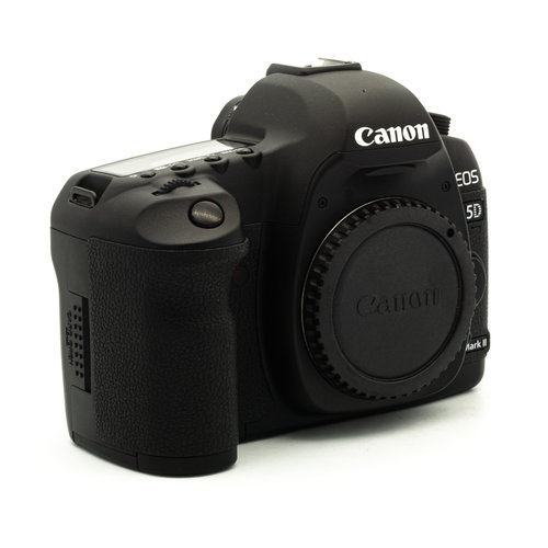 Canon 5D Mk II + 24-105mm L IS USM f/4