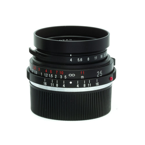 Voigtlander 25mm f/4 Color Skopar