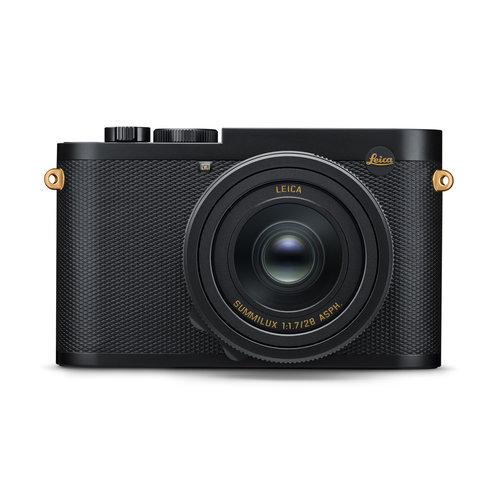 Leica Q2 - DANIEL CRAIG x GREG WILLIAMS