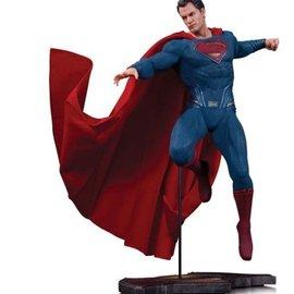 Diamond Direct Batman Vs Superman: Dawn Of Justice Superman Statue