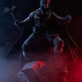 Sideshow Batman Red Son Premium Format 1:4 scale Statue
