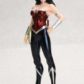 Artfx+ DC Comics: Wonder Woman New 52 Art FX Statue