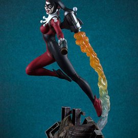 Sideshow DC Comics: Super Powers Collection - Harley Quinn Maquette