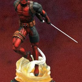 Diamond Direct Marvel Gallery: Deadpool PVC Figure