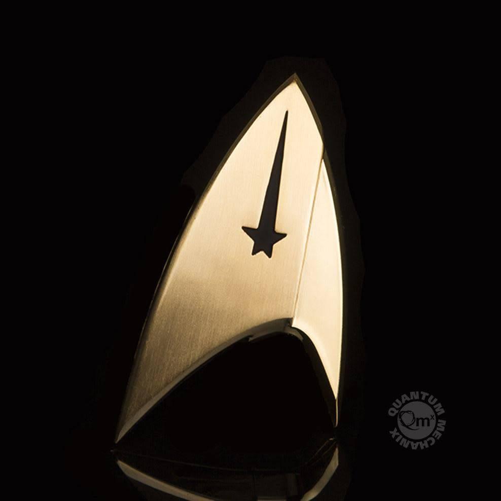 Quantum Mechanix Star Trek: Discovery Magnetic Badge — Command
