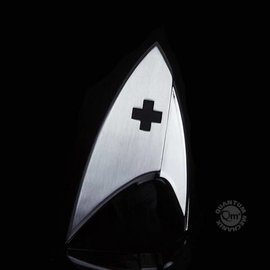 Quantum Mechanix Star Trek: Discovery Magnetic Insignia Badge Medical