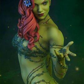 Sideshow DC Comics: Poison Ivy Premium Statue