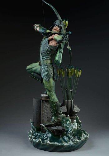 DC Comics: Green Arrow Premium Statue