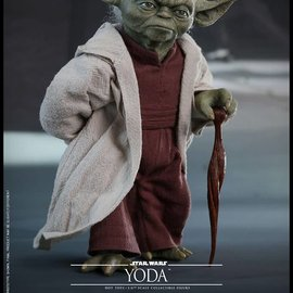 Sideshow Star Wars: Attack of the Clones - Yoda 1:6 Scale Figure