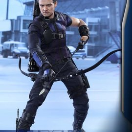 Hottoys Captain America Civil War: Hawkeye - Sixth scale Figure