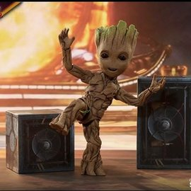 Hottoys Guardians of the Galaxy Vol 2: Groot Life Sized Figure Version 2