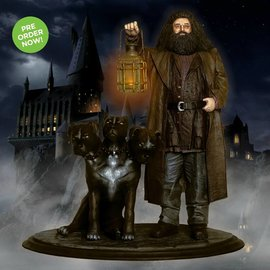 Factory Entertainment Pre-Order : Harry Potter: Hagrid and Fluffy Premium Motion Statue