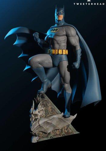 Pre-Order : DC Comics: Super Powers Collection - Batman Maquette