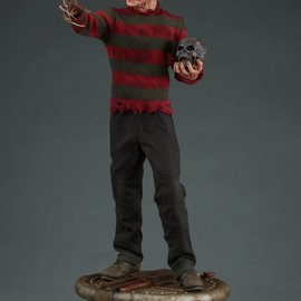 Sideshow Nightmare on Elm Street: Freddy Kruger Premium Statue