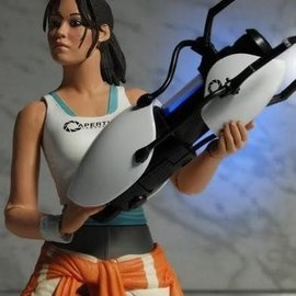 NECA Portal: Chell 7 inch Action Figure with Light-Up ASHPD