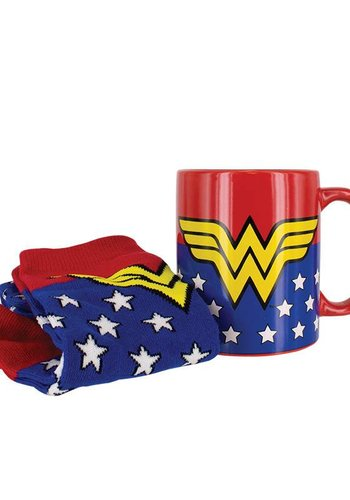 DC Comics: Wonder Woman Mug and Socks Set