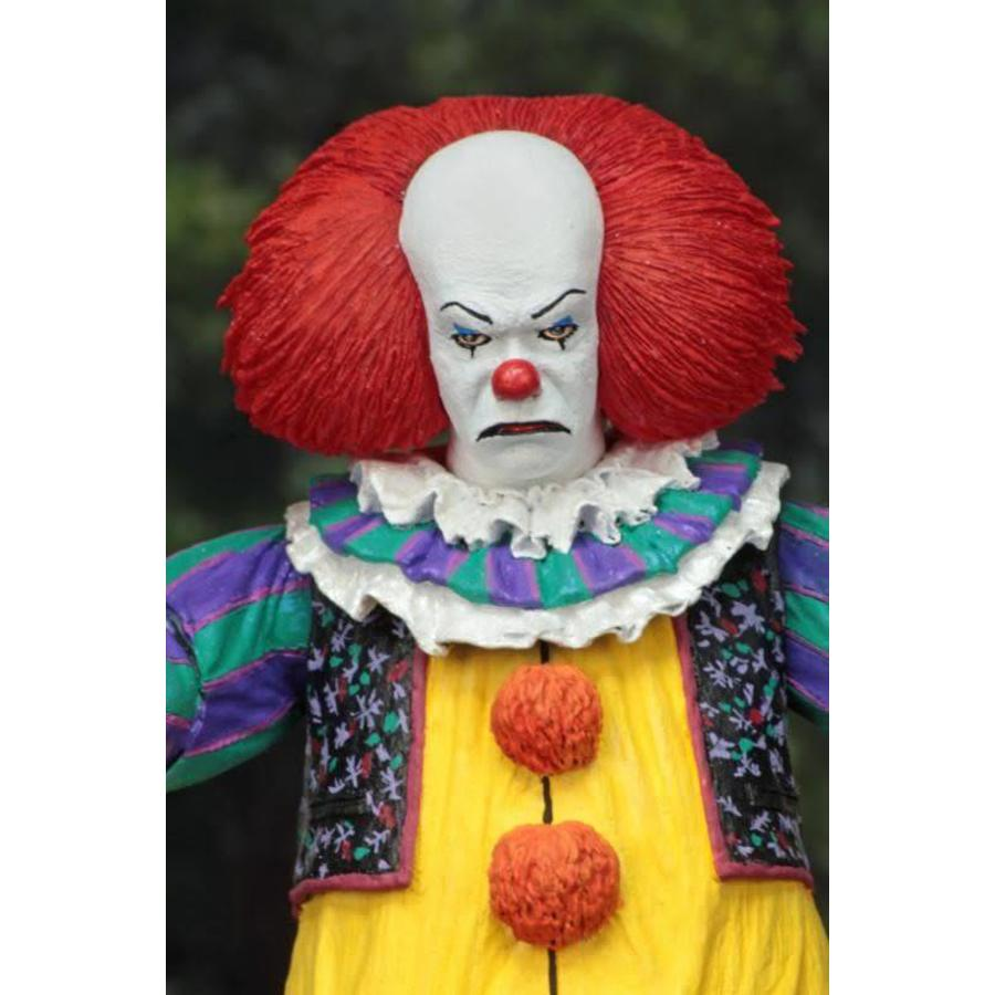 IT: Ultimate 1990 Miniseries Pennywise 7 inch Action Figure