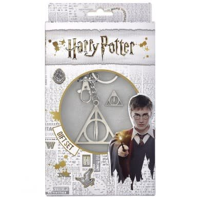 The Carat Shop HARRY POTTER DEATHLY HALLOWS KEYRING AND PIN BADGE SET