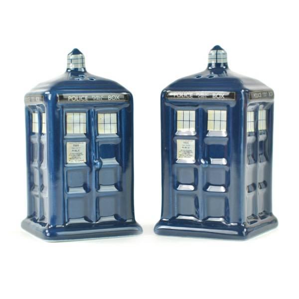 Half Moon  Bay Doctor Who Salt & Pepper Shakers - Tardis