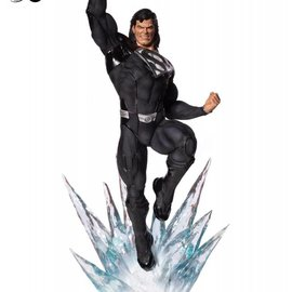 Iron Studios DC Comics: Superman Black Suit 1:3 Scale Statue