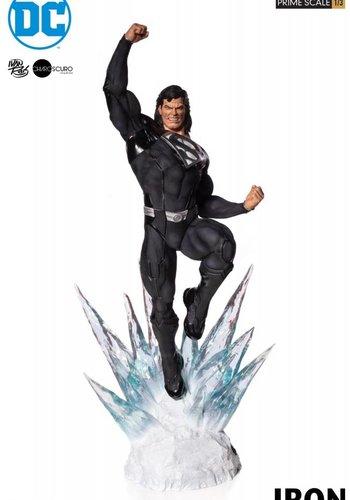 DC Comics: Superman Black Suit 1:3 Scale Statue