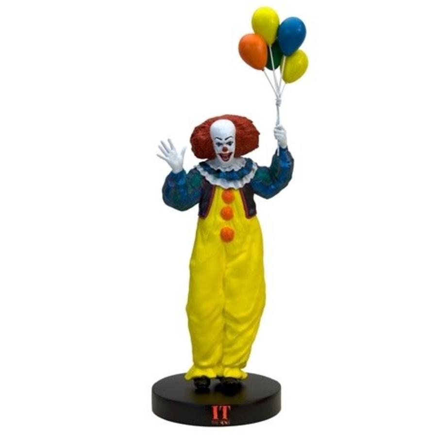 IT: Pennywise Premium Motion Statue